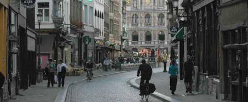 De oude binnenstad van het gezellige Antwerpen