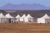 Kamperen op z'n Egyptisch: een modern vakantiepark met eco tenten bij de Rode Zee