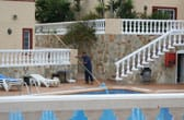 Een luxe appartement of hotel met zwembad staat garant voor een fantastische vakantie