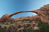 Arches NP. Rotsbogen en andere bizarre rotsformaties
