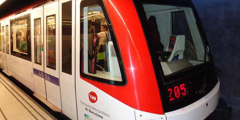 De metro van Barcelona brengt je snel van de ene kant van de stad naar de andere