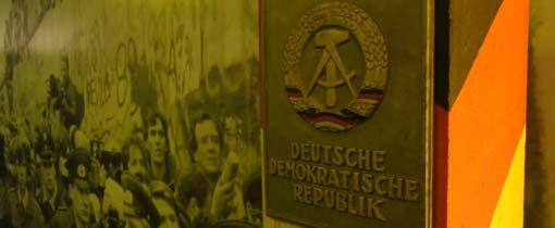 DDR grenspaal - inmiddels een museumstuk