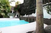 Lanzarote. Vakantie naar de Canarische zon, zee en vulkanen