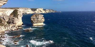 Corsica zuidkust . Leuke plaatsen en bezienswaardigheden in het zuiden van Corsica