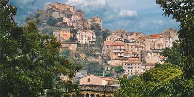 Centraal Corsica bezienswaardigheden. Bijzondere en leuke plaatsen