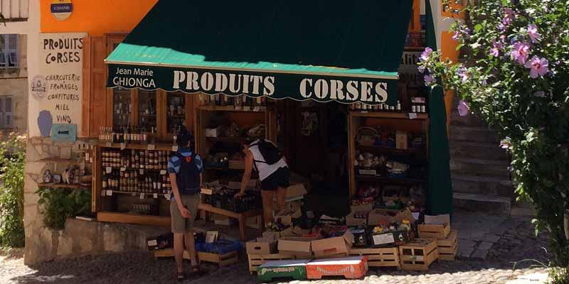Winkeltje met lokale producten van Corsica