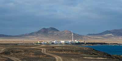 Fuerteventura binnenland. Vulkanen en woestijnlandschap