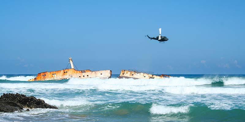 Het op de kust van Fuerteventura stukgeslagen schip SS American Star. Het scheepswrak verdwijnt langzaam maar zeker in de woeste golven