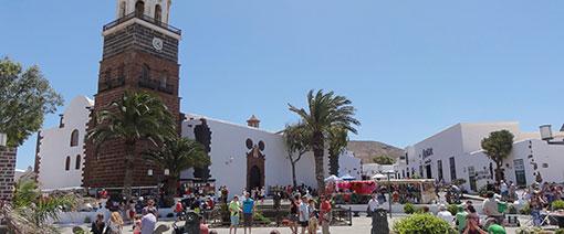 Zondagsmarkt in Teguise, de voormalige hoofdstad van Lanzarote