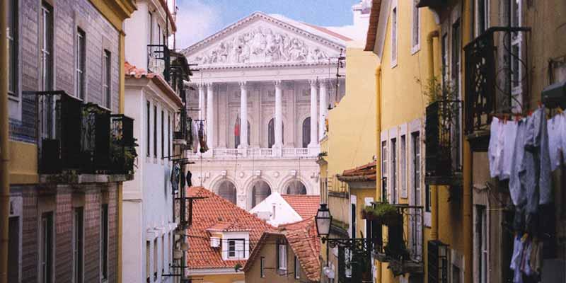 De wijken Bairro Alto, Chiado en Estrela. De bovenstad van Lissabon