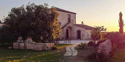 Sicilië vakantiehuisjes. Huisjes en appartementen op de mooiste plaatsen