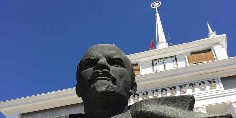 Lenin voor het Huis van de Sovjets in Tiraspol